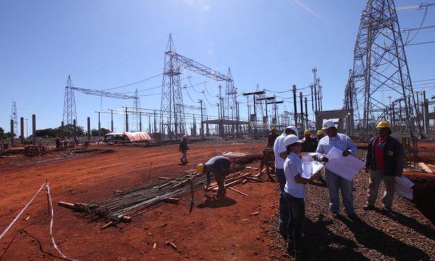 """Riesgo línea """"Colectora"""": la incertidumbre de entidades financieras sobre los proyectos de la subasta de renovables en Colombia"""