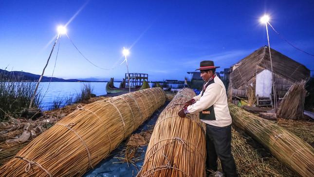 Perú culminó en un año 23 proyectos de electrificación rural que abastecen a 108 mil personas