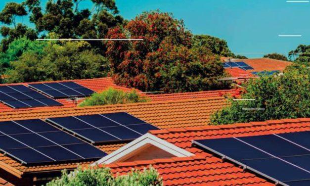 UNEF y la Asociación Ecuatoriana de Energías Renovables cooperan para promocionar la energía solar fotovoltaica