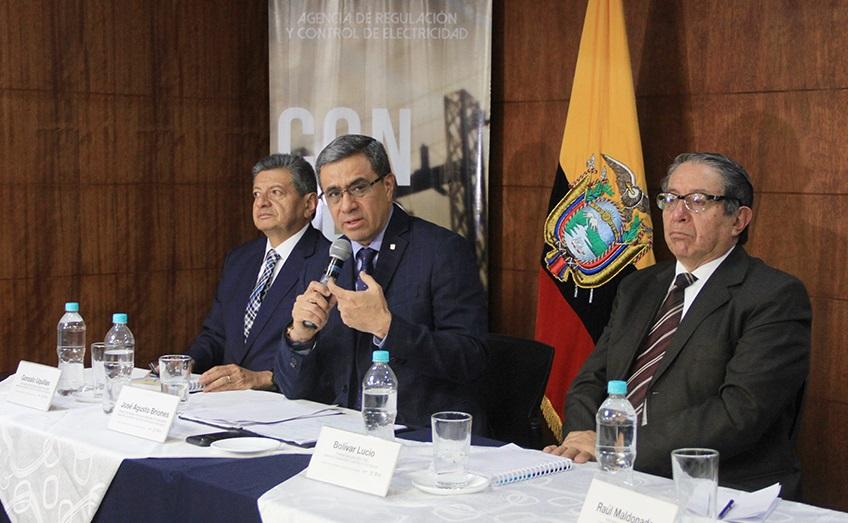 Tras la intervención de Celec el Gobierno ratifica la subasta de eólica y solar en Ecuador