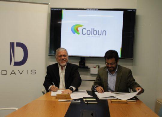 Colbún cerró contrato PPA para abastecer durante cinco años de energía renovable a Empresas Davis