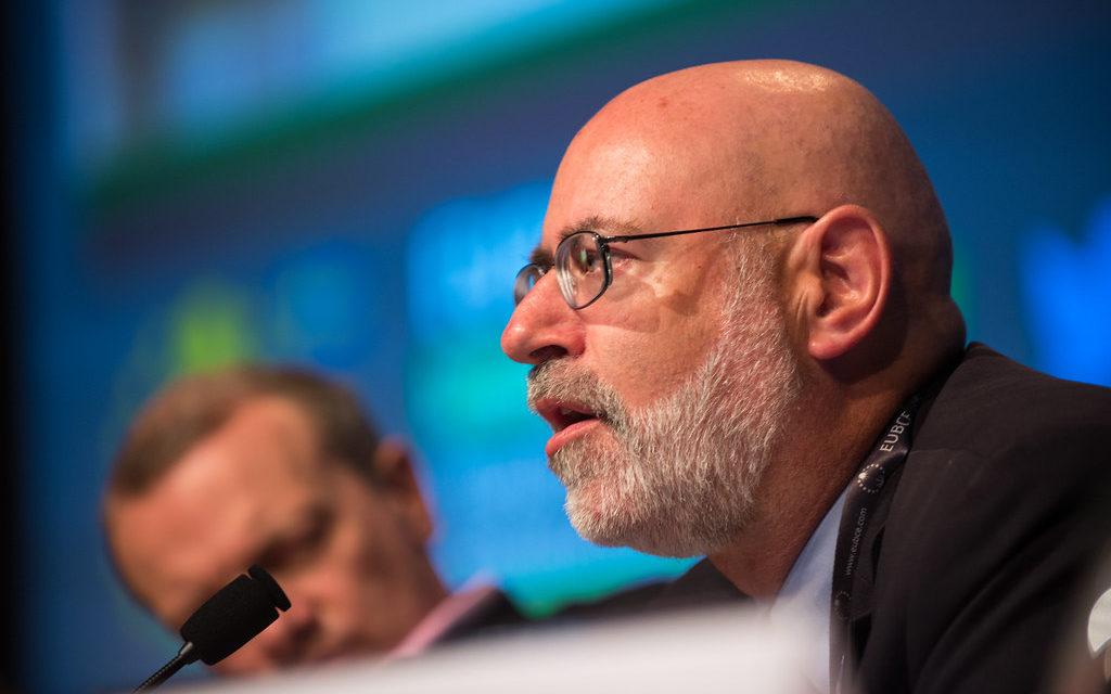 El experto en financiación de energías renovables Dana Younger se incorpora al consejo global de energía eólica