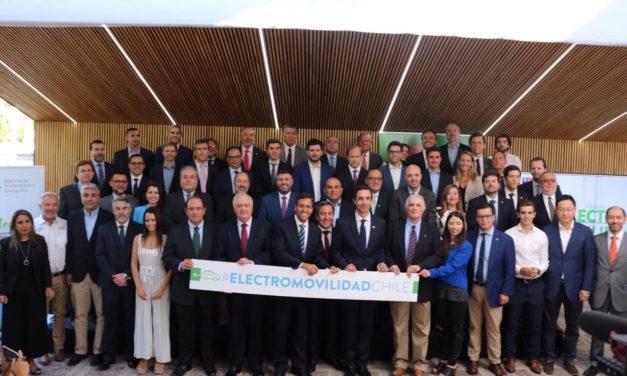 Andes Motor se suma al acuerdo público-privado para impulsar la electromovilidad en Chile