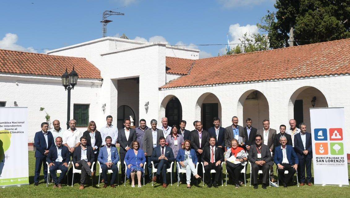 Decenas de Intendentes de Argentina se reúnen para tratar aspectos del cambio climático y las energías renovables