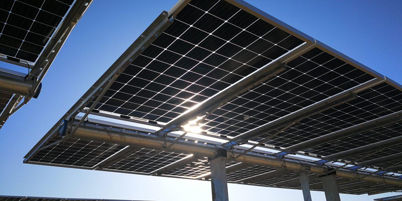 LONGi firma un contrato con Atlas Renewable Energy por el suministro de 122MW de módulos bifaciales en Chile