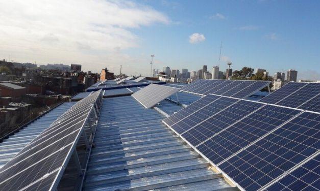 Cómo repercuten los últimos cambios en las políticas de autogeneración mediante fuentes renovables en Colombia