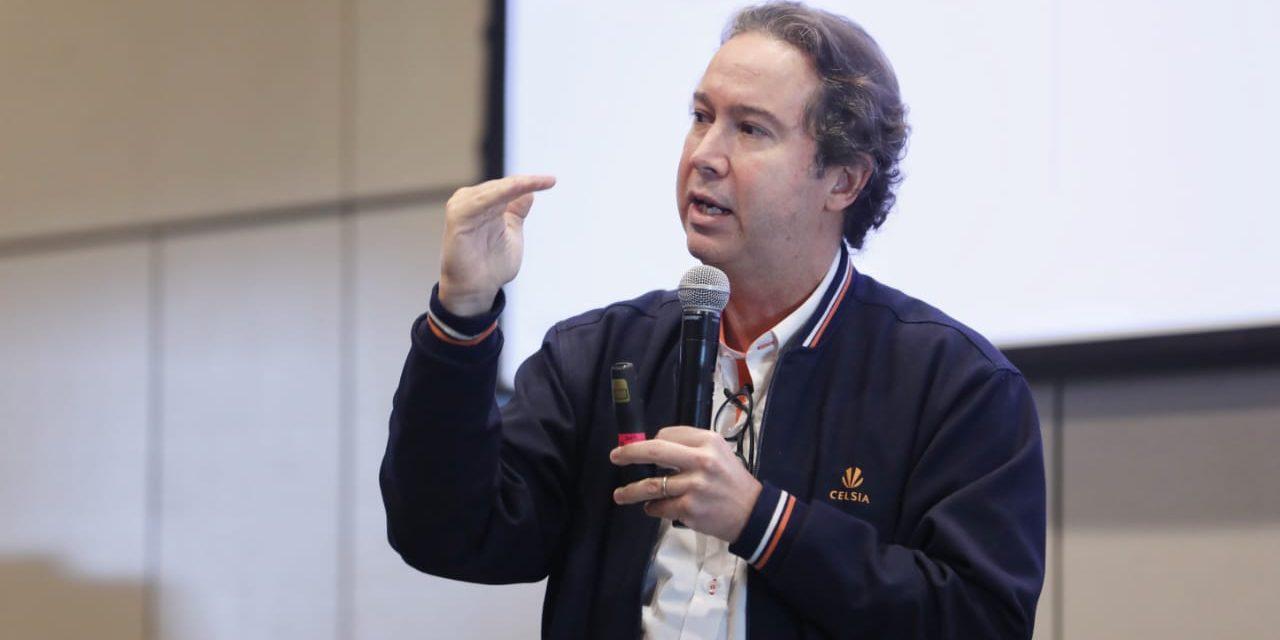 Celsia llamó a profundizar el desarrollo en Colombia de las energías eólica y solar, su acumulación con baterías y el hidrógeno