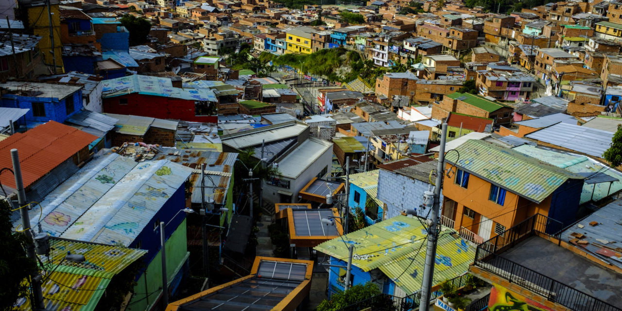 Sectores vulnerables de Colombia pagarán la energía eléctrica en 36 cuotas durante el aislamiento obligatorio por el Coronavirus