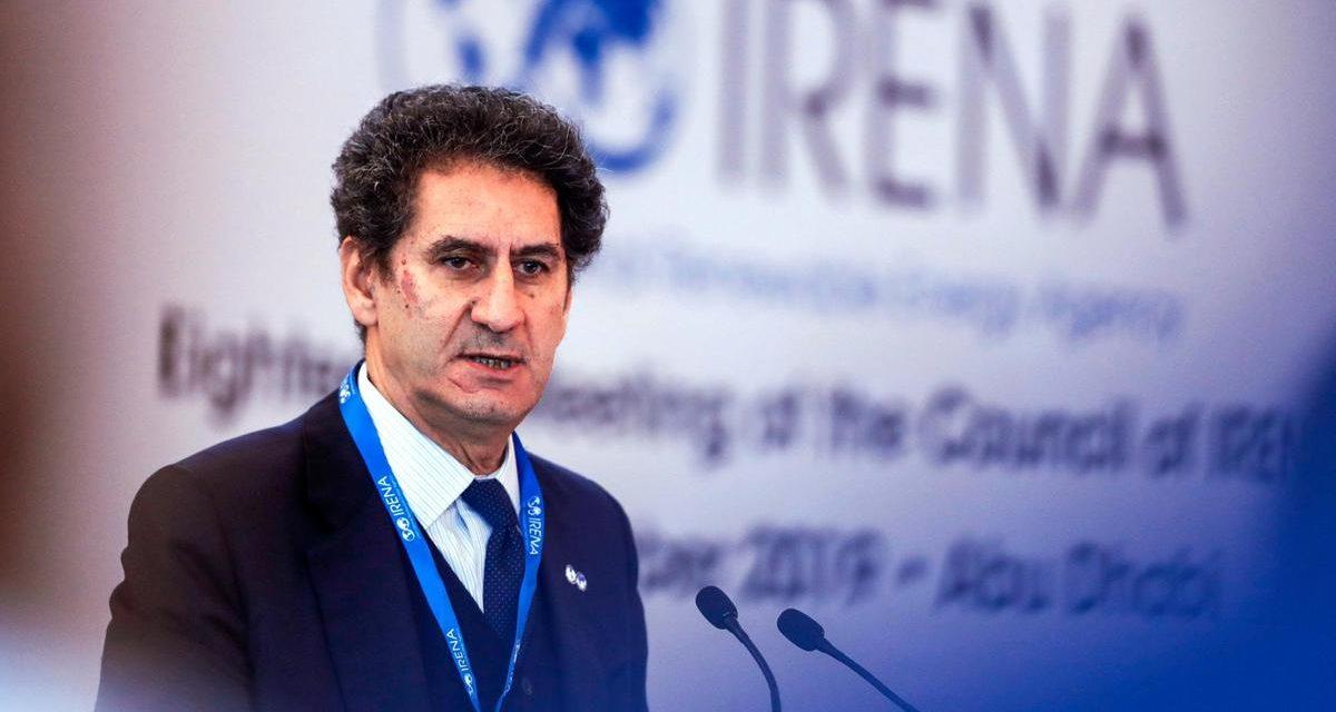La Camera: «Es poco probable que la actual volatilidad del petróleo afecte las inversiones de energía renovable a corto plazo»