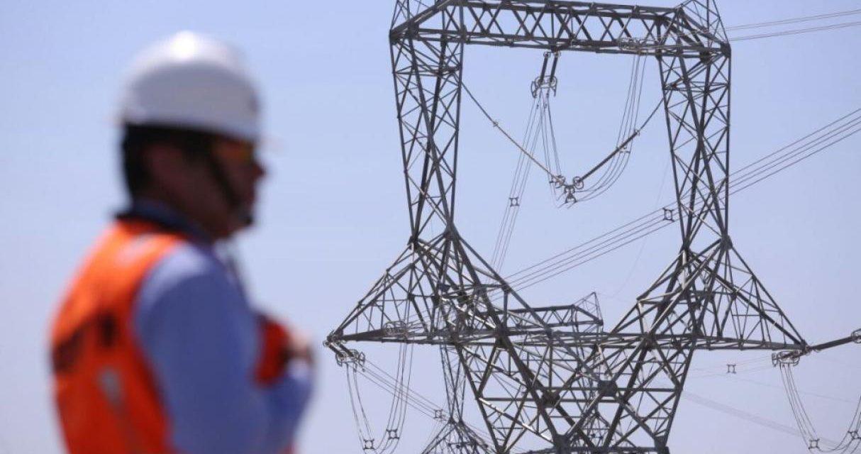 Se firmaron los contratos para construir tres líneas de alta tensión que permitirán aumentar generación eléctrica en Perú