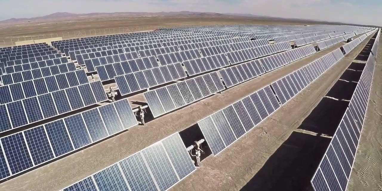 Atlas Renewable Energy y DNB Markets emiten el mayor bono privado verde para América Latina para dos parques solares en Chile