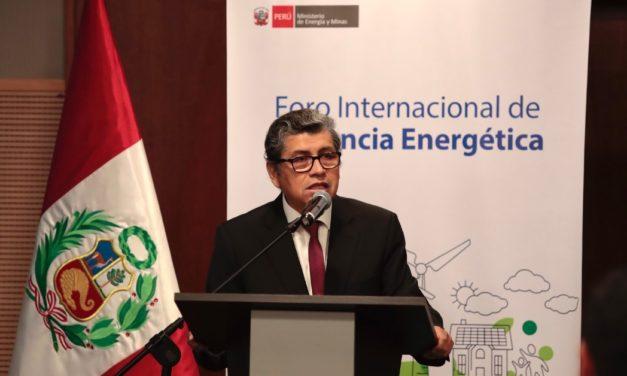 Perú publicará en abril un decreto que impulsará vehículos eléctricos e híbridos y su infraestructura de abastecimiento