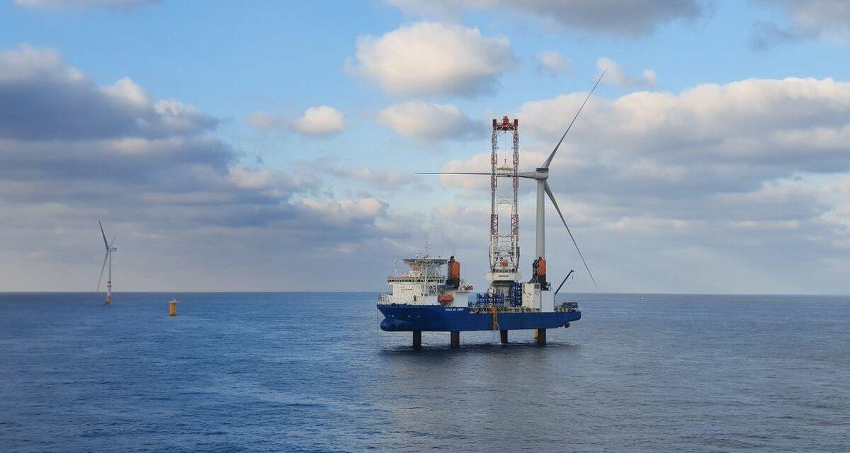 Vestas completó instalación del parque que utiliza la turbina más potente del mundo en el mar