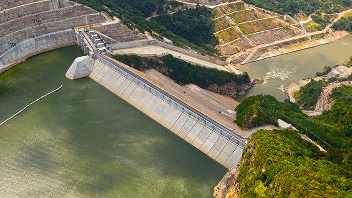 Aseguran que el interés de financiar proyectos hidroeléctricos viró hacia las renovables no convencionales en Colombia