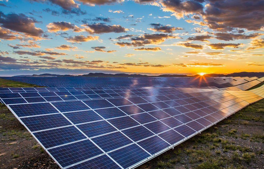 Para cerrar contratos con grandes consumidores una empresa empresa internacional invierte 500 MW fotovoltaicos en Colombia