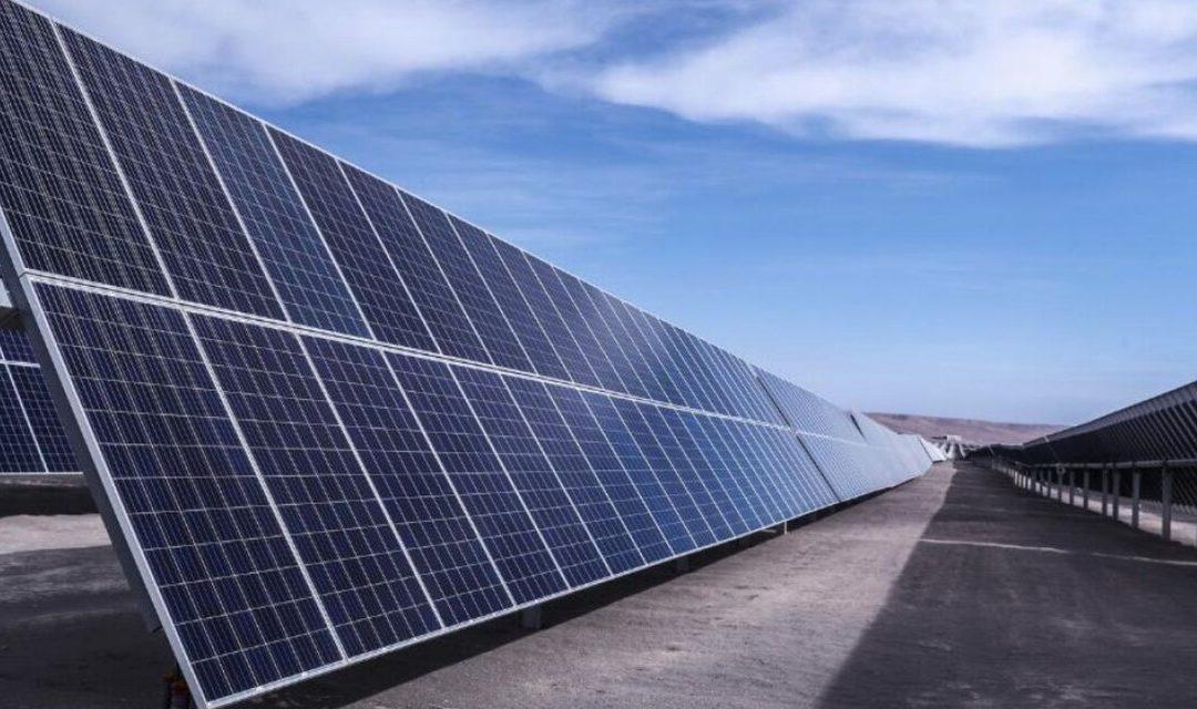 Expertos marcan el rol de la iniciativa privada dentro del panorama energético actual