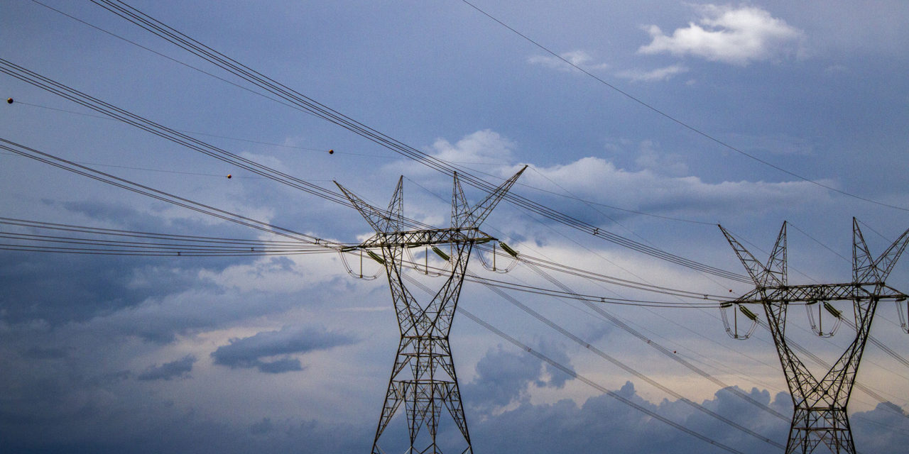 El lunes vence plazo para presentar proyectos de expansión de transmisión eléctrica en Chile