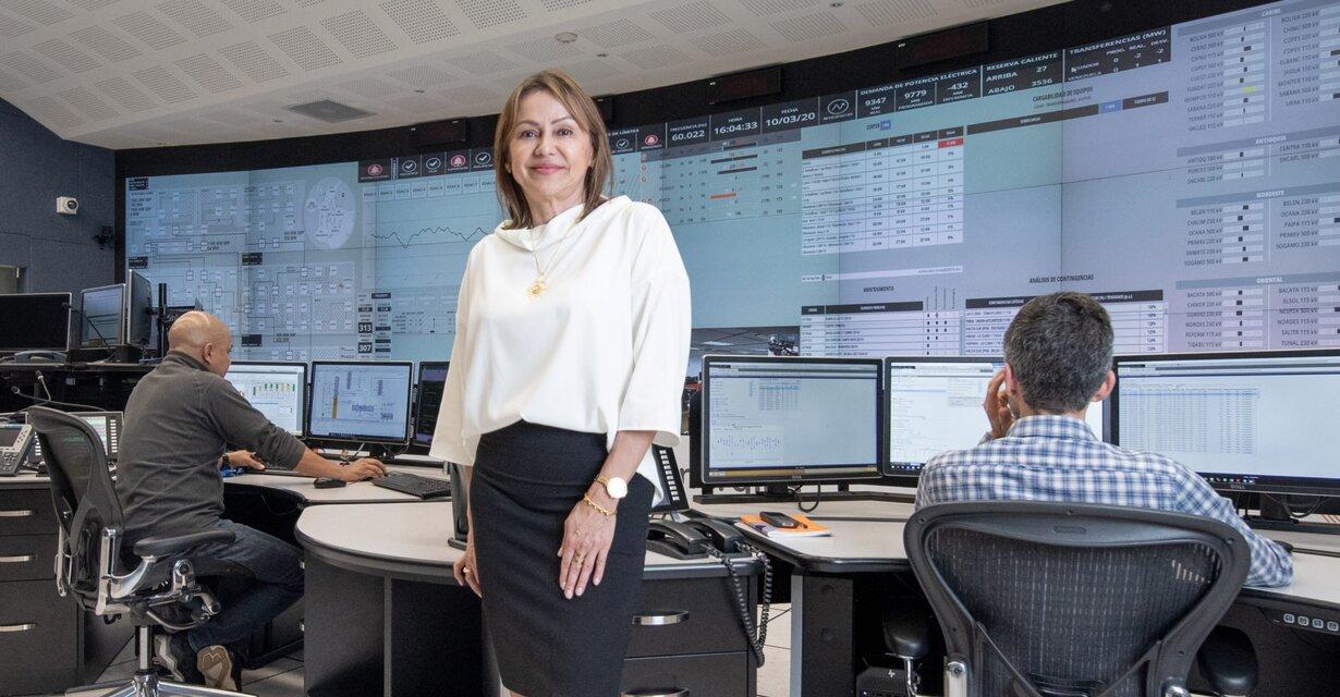 ¿Cómo se prepara el sistema eléctrico colombiano? XM revela cómo integrará 2.000 MW eólicos y solares