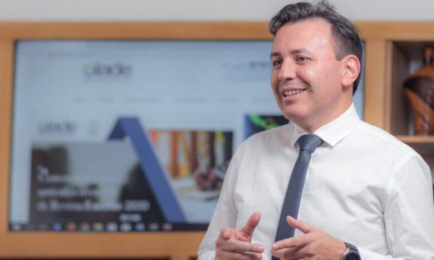 Olade aseguró que energías renovables crean el triple de empleo que hidrocarburos