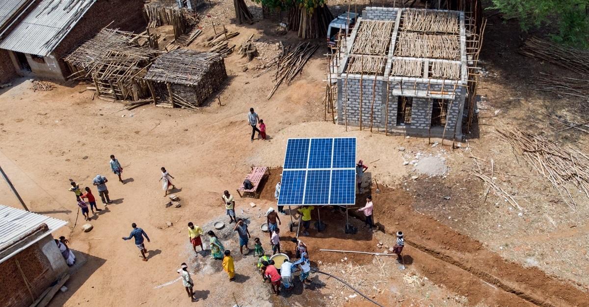 Las renovables como herramienta social: 800 millones de personas aún no tienen acceso a la energía