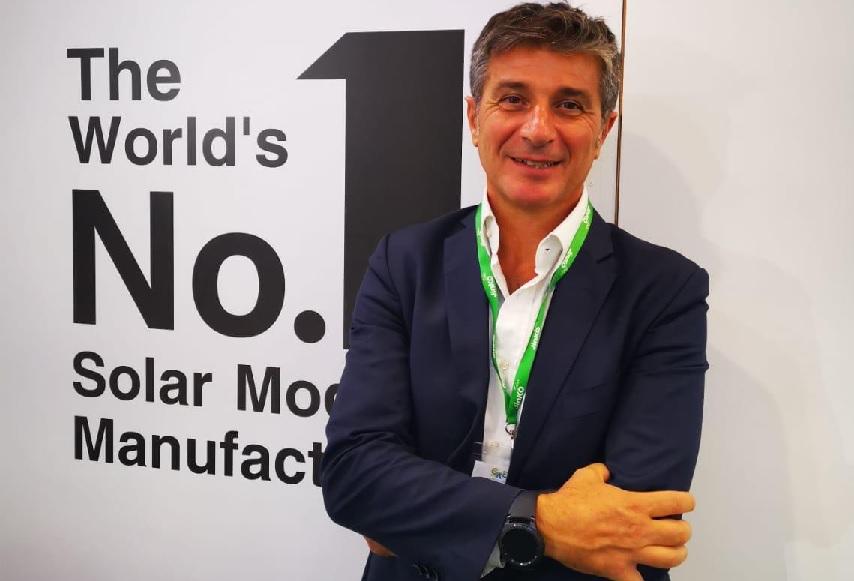 Alberto Cuter de Jinko Solar: «Hemos presentado la línea de productos más potente de la industria fotovoltaica»