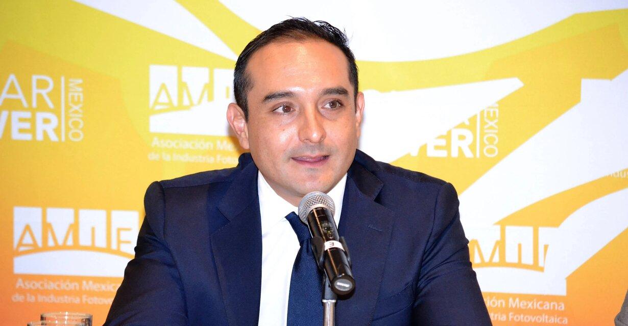 La iniciativa privada plantea evitar la confrontación con el Gobierno que polariza y debilita a las energías renovables en México