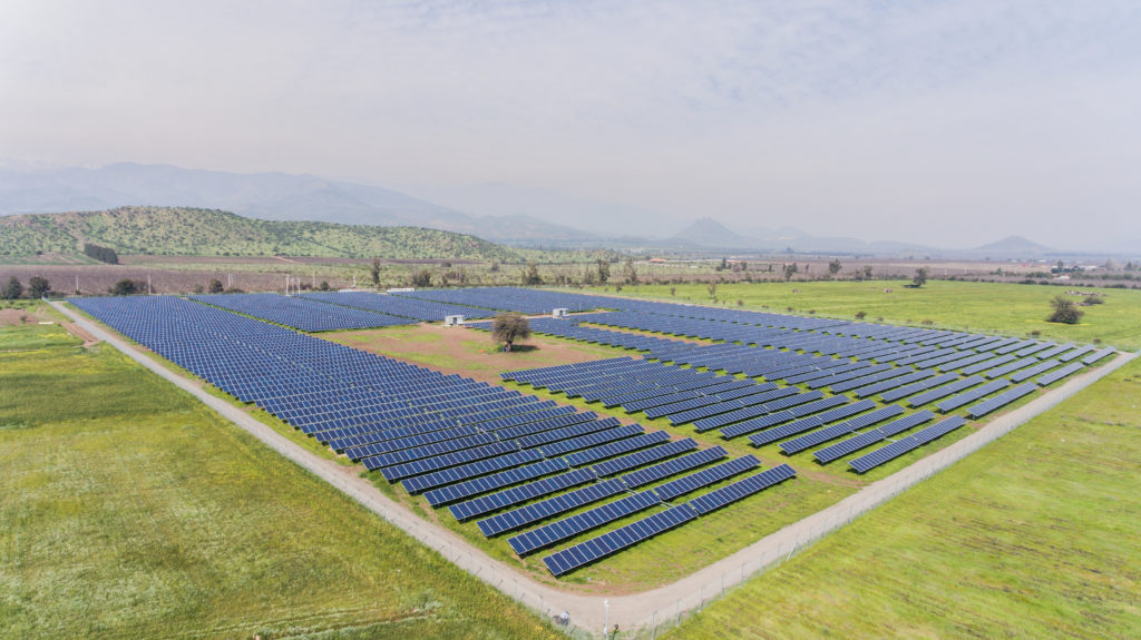 Chile: en julio operará fondo 'verde' de créditos para energías renovables que beneficiará a PMGDs