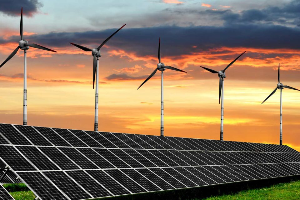 Dos centrales renovables por 600 MW avanzan en su desarrollo en Chile