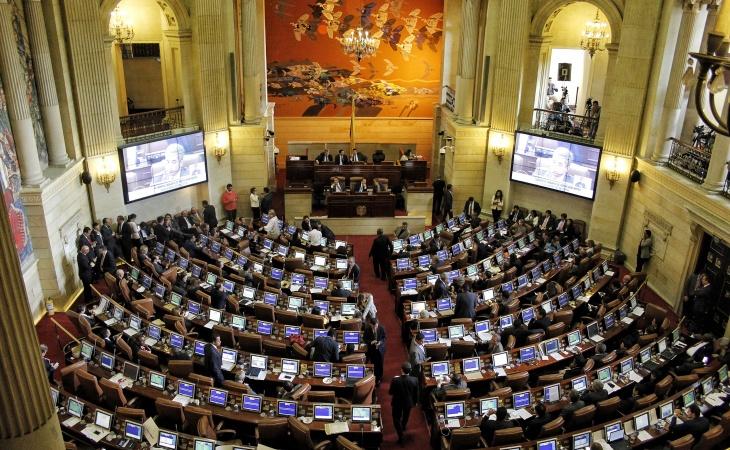 Colombia: se postergaría a diciembre el proyecto Ley de Consultas Previas