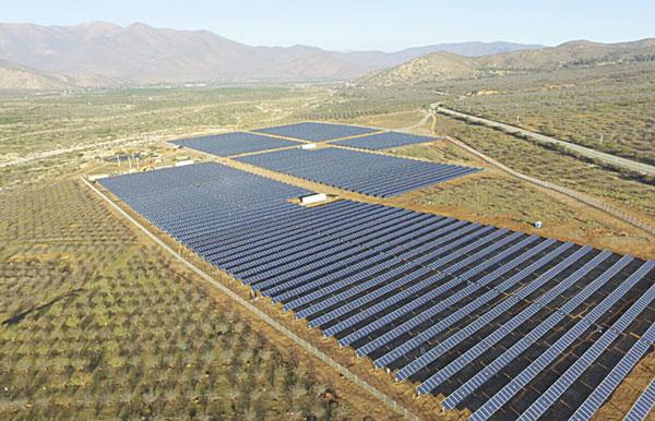 Pros y contras del decreto que cambiará el esquema de los proyectos de energías renovables en Chile