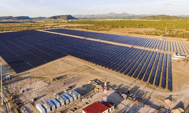 Baja en los costos estimula proyectos fotovoltaicos con almacenamiento en Ecuador