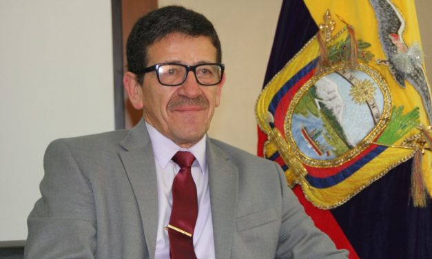 Hernando Merchán se posesionó como Viceministro de Electricidad en Ecuador