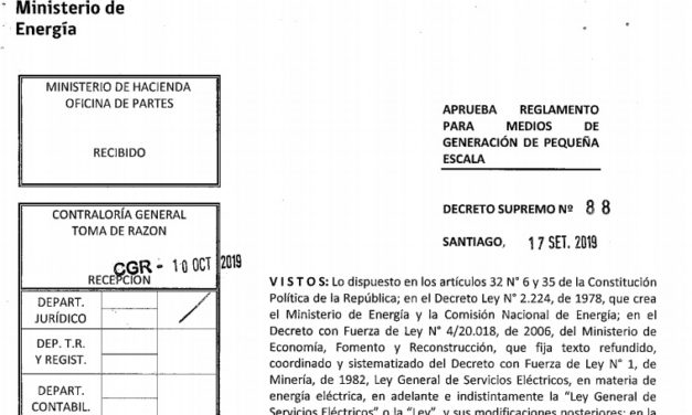 Reingresó a contraloría el Decreto que regula energías renovables pero se aprobaría en agosto