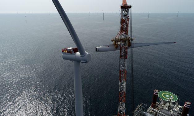 920 MW: se firmó el contrato bilateral más importante en la historia de las energías renovables