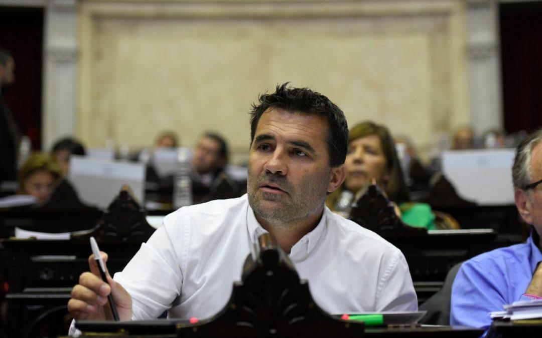 La decisión más difícil para Martínez: resolver 2.000 MW de energías renovables que no se construyen