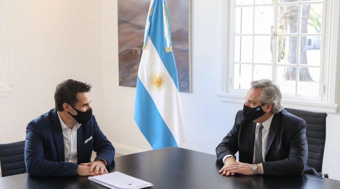 Martínez: «Las principales decisiones en materia energética impactan en la macroeconomía»