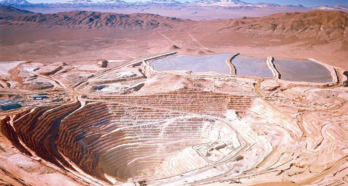 AES Gener sella contrato por US$ 720 millones con minera y apura el proceso de descarbonización