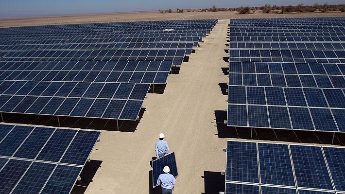 En agosto servicio ambiental aprobó 14 proyectos de energías renovables por 760 MW en Chile