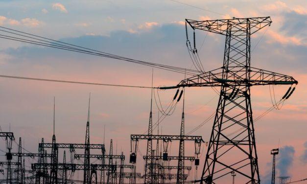 Gobierno de Perú convoca a inversiones para 11 proyectos de líneas de alta tensión