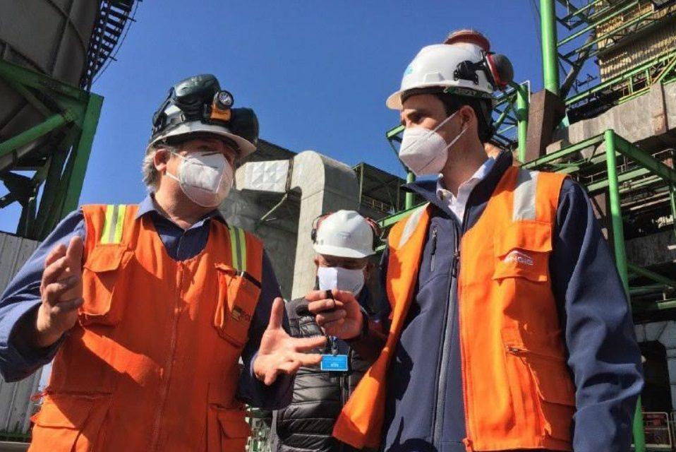 Jobet llevó tranquilidad a Tocopilla por la reconversión laboral que implica la salida de centrales a carbón