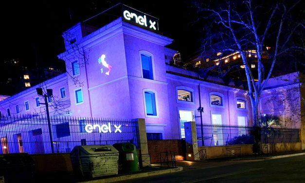 Enel X acelera gestiones para ingresar 1500 taxis eléctricos en Bogotá