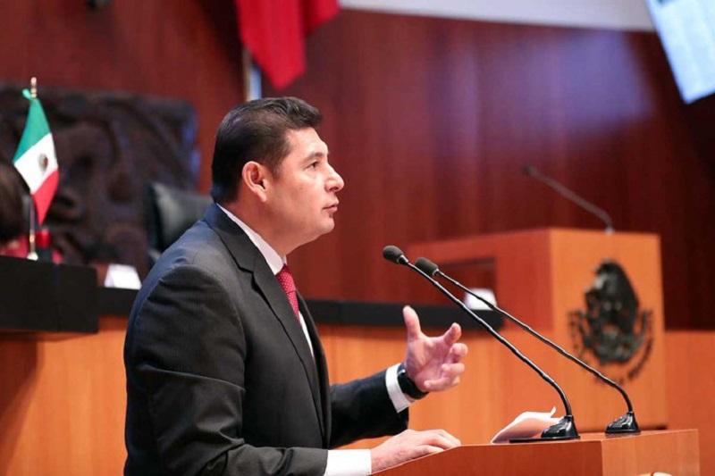 Senador oficilista propone nacionalizar el litio en México