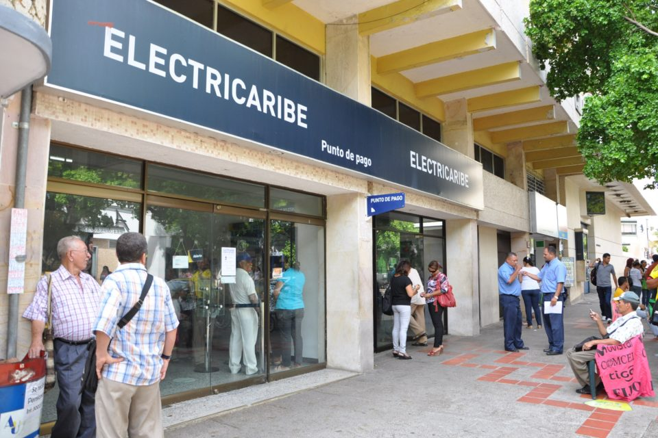 A días de que se efectúe la posesión de Electricaribe, el Gobierno evalúa subir tarifas