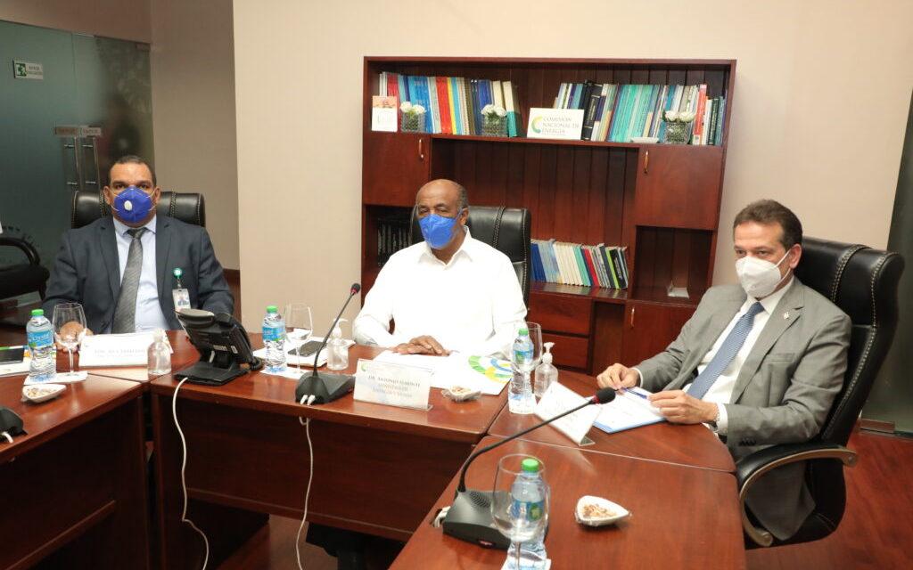 Dominicana: CNE conversó sobre energías renovables en una primera reunión ordinaria de directorio
