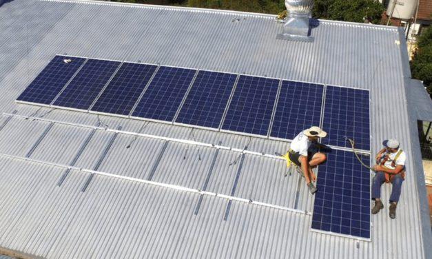 La energía solar como herramienta para reducir costos de las tarifas en Costa Rica