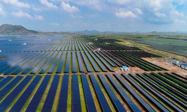 Black Orchid negocia con players internacionales la venta de cinco parques solares en Colombia