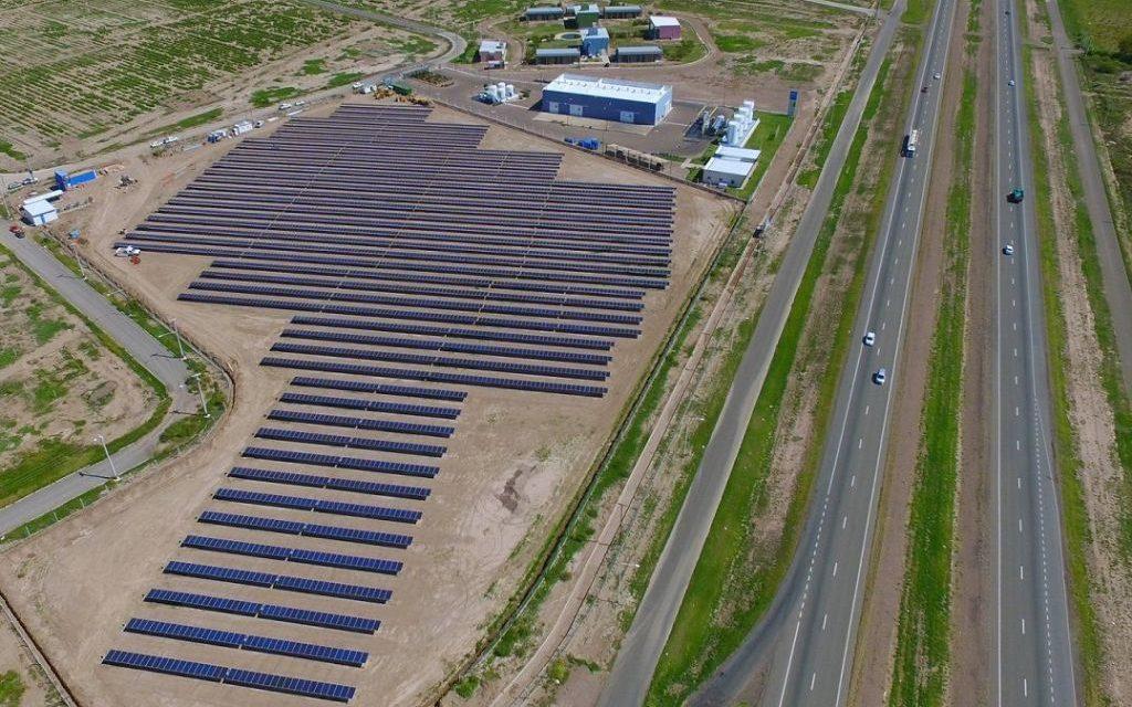 El Gobierno libera líneas de transmisión para impulsar energías renovables en Colombia