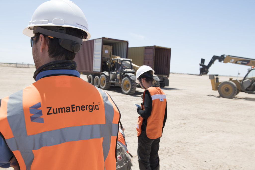 Zuma, construction of a solar power grid in the desert of Sonora, Mexico