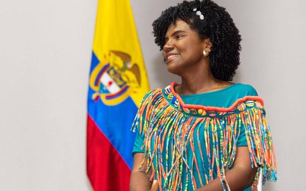 Colombia asigna becas por 725 mil dólares para desarrollar el hidrógeno y movilidad eléctrica
