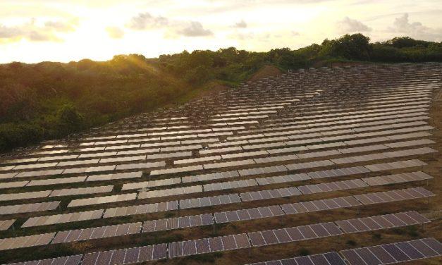 Hoy se inaugura el parque solar Bayunca con la presencia de Duque y Diego Mesa